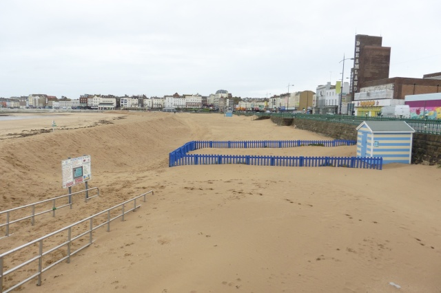 The sands here are around 2 metres deeper than they were back in August. Main pedestrian access well and truly buried.